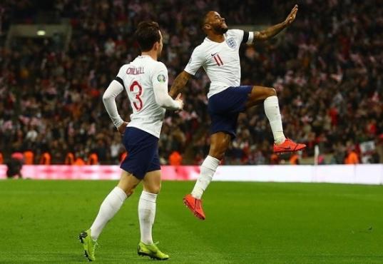 Смотреть обзоры футбольных матчей англии
